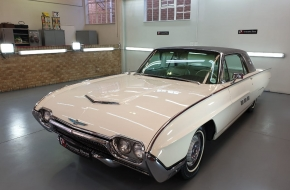1963 Ford Thunderbird Monaco Edition